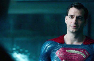 Le clip de la Justice League : Snyder révèle le costume de Superman noir d'Henry Cavill