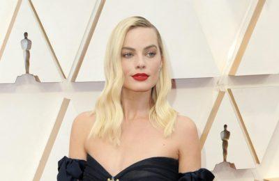 Margot Robbie se moque de son film Pirates des Caraïbes