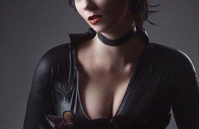 Batman et Catwoman se lancent dans la nuit dans des photos et une vidéo du tournage.